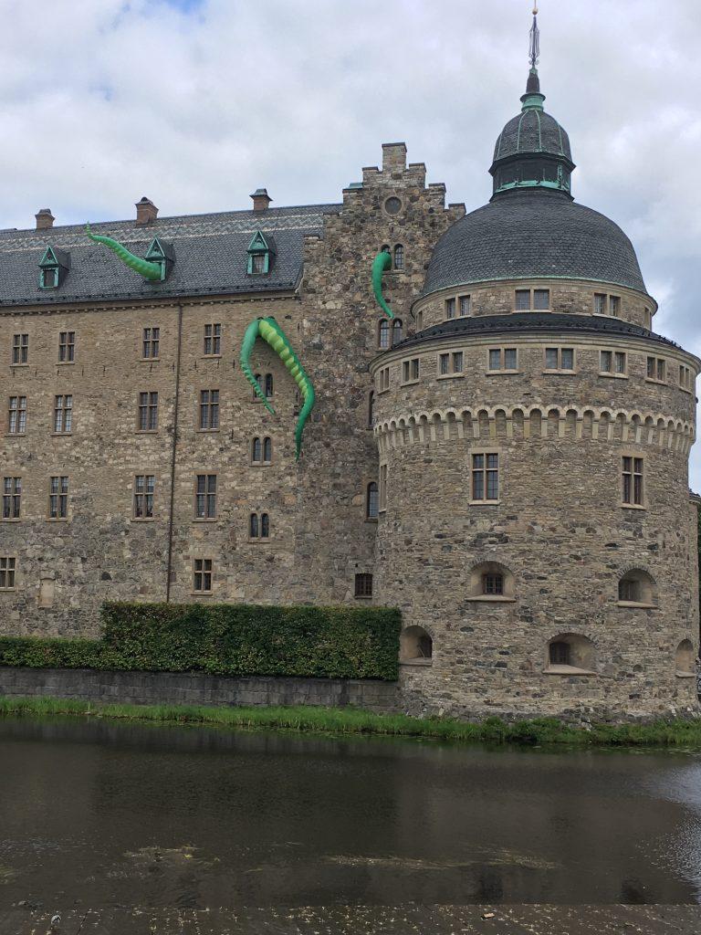 Bläckfiskarmar på Örebro slott